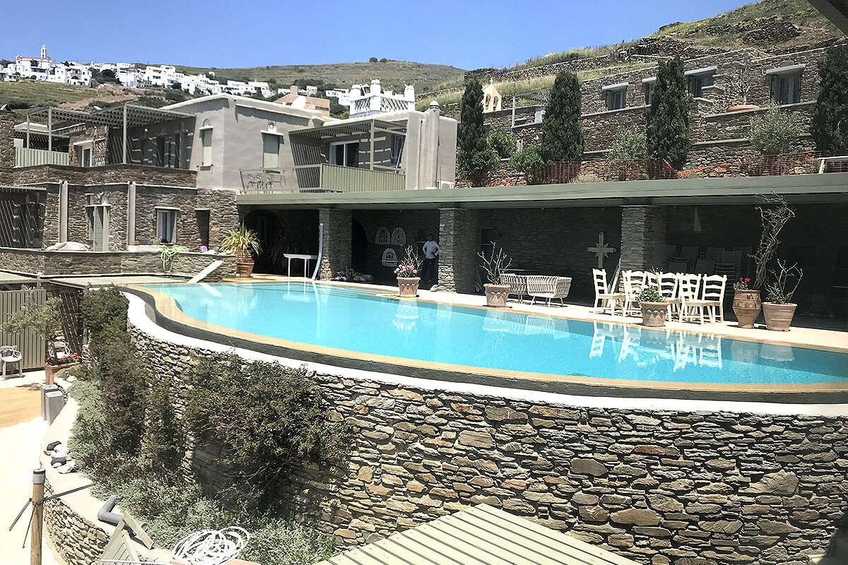 Κατασκευή πισίνας - Loovin S&C